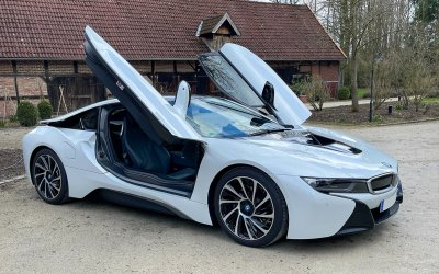 BMW i8 Pure Impulse 0