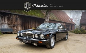 Jaguar Daimler Double Six 19