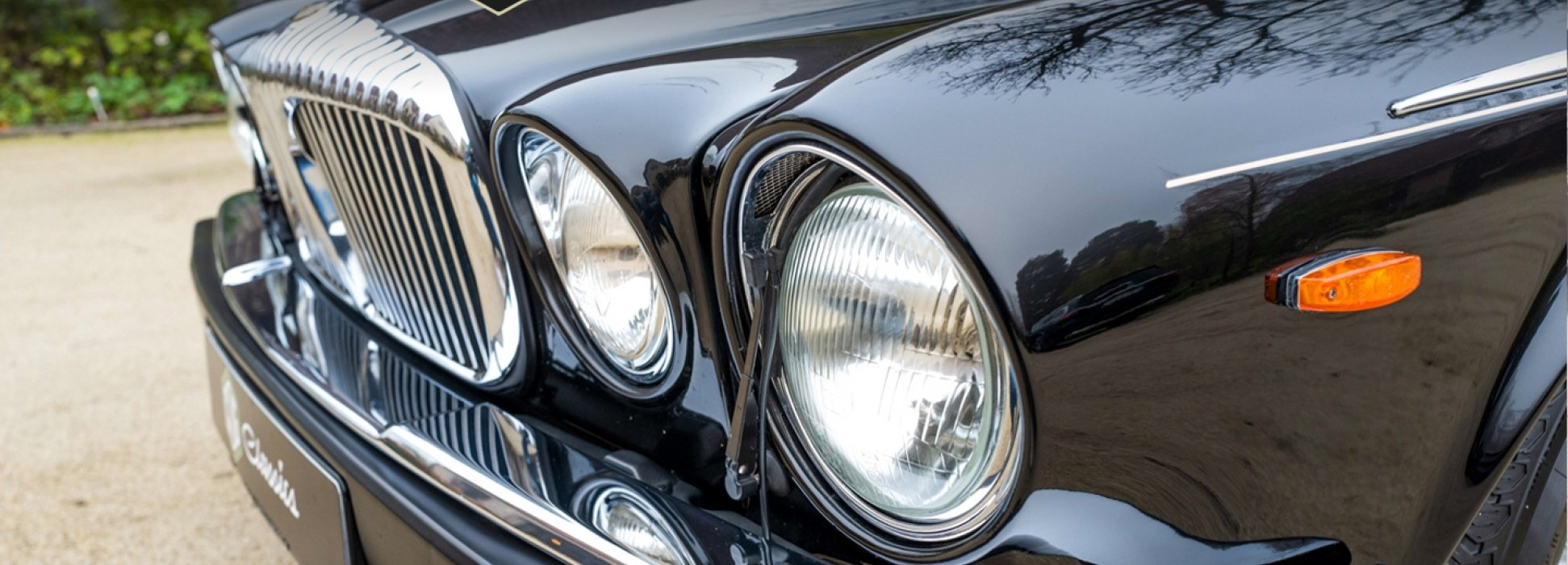 Jaguar Daimler Double Six 1
