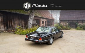 Jaguar Daimler Double Six 43