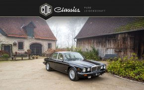 Jaguar Daimler Double Six 49
