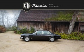 Jaguar Daimler Double Six 9